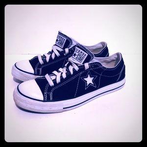 Converse Chuck Taylors One Star Men's 7 1/2 black